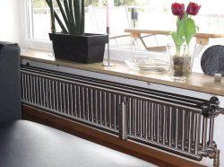 Design-Heizkörpe für Wohnzimmer Typ VILLI 3-reihig, Wandbefestigung