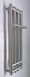 Schmaler Heizkörper mit Handtuchhalter, Bauart INIKU.